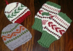 Color Pattern Baby Hat and Fingerless Gloves